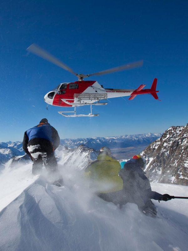 на вершине горы, хели-ски